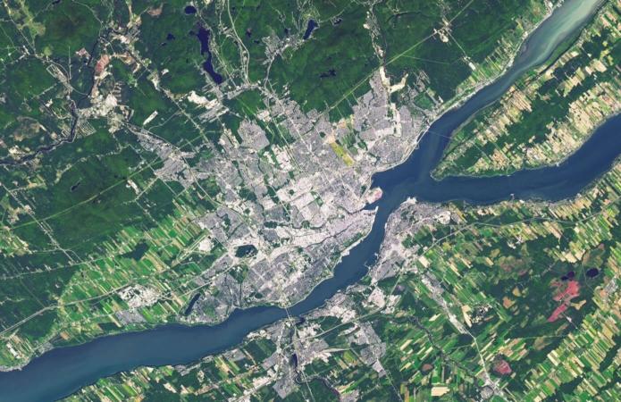À l'échelle d'une ville, comme ici Québec, les connectivités sont à réfléchir à long terme