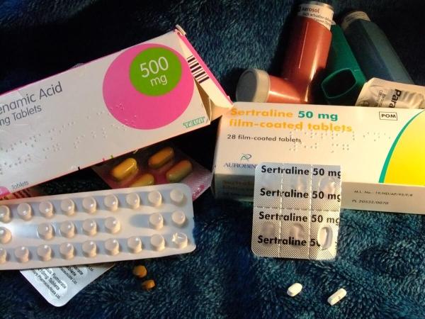 Différentes boîtes d'antidépresseurs