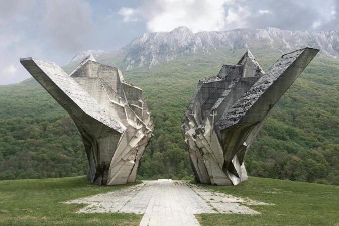 Monument commémoratif de la bataille de Sutjeska dans la vallée des héros, Tjentiste, République serbe de Bosnie et Bosnie-Herzégovine
