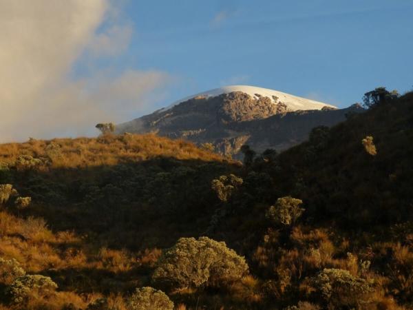 Vue sur le glacier Santa Isabel dans le Parque Nacional de Los Nevados, Colombie